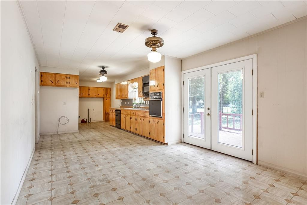 818 TELLY Road-6