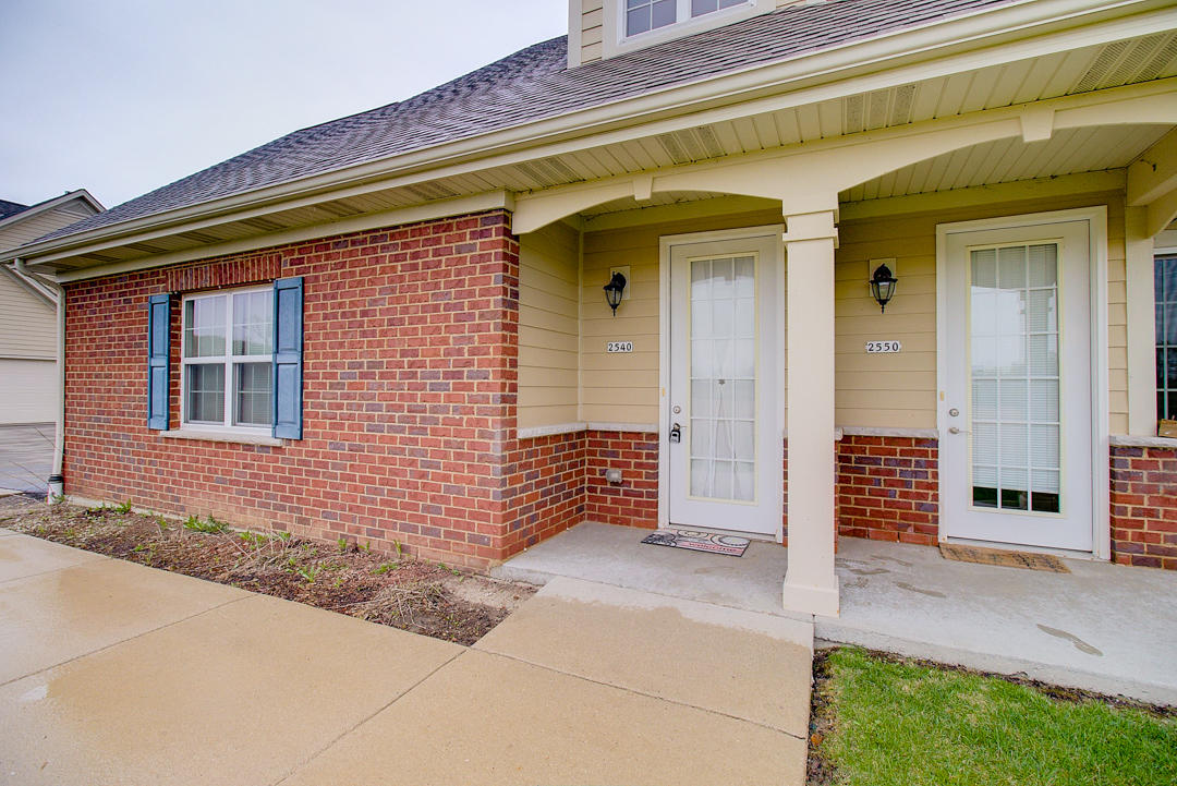 2540 W Colonial Woods Dr -30
