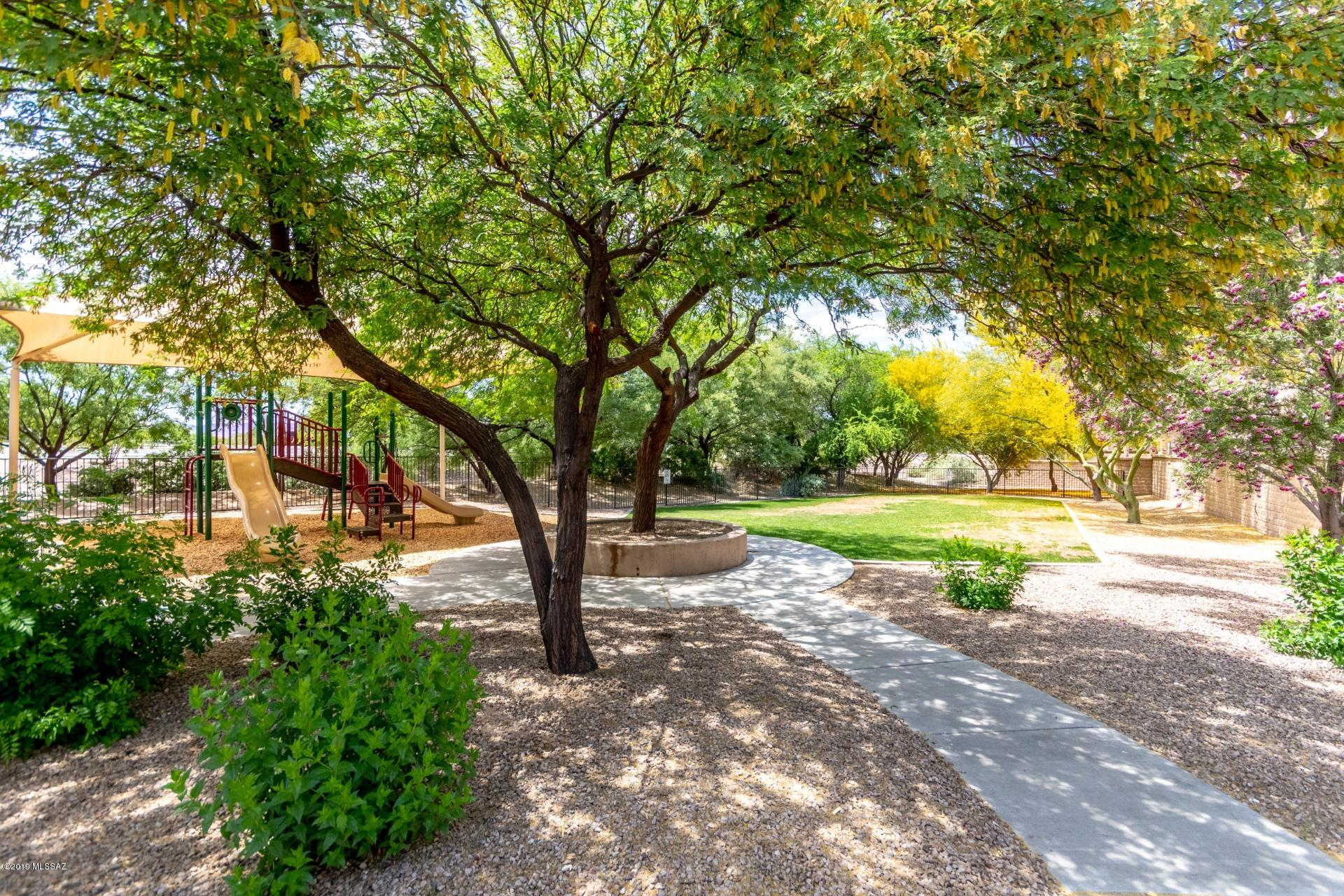 2256 W Floral Cliff Way-24