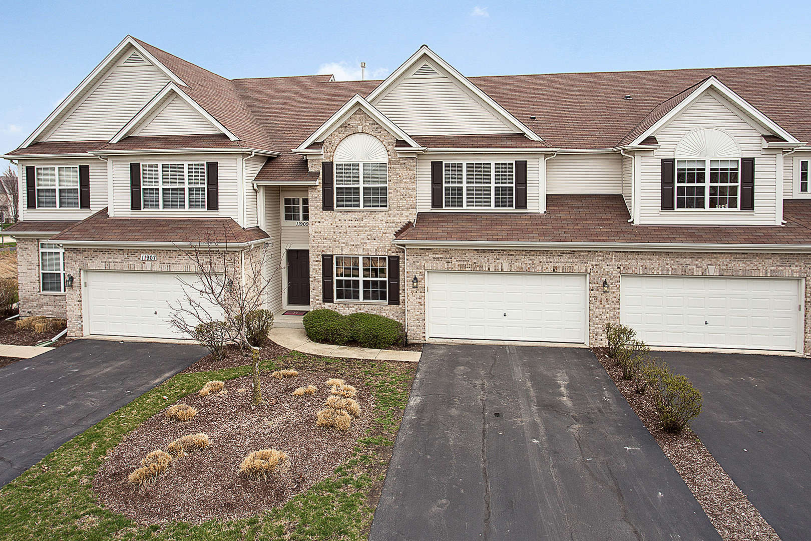 11909  Holly Court-0