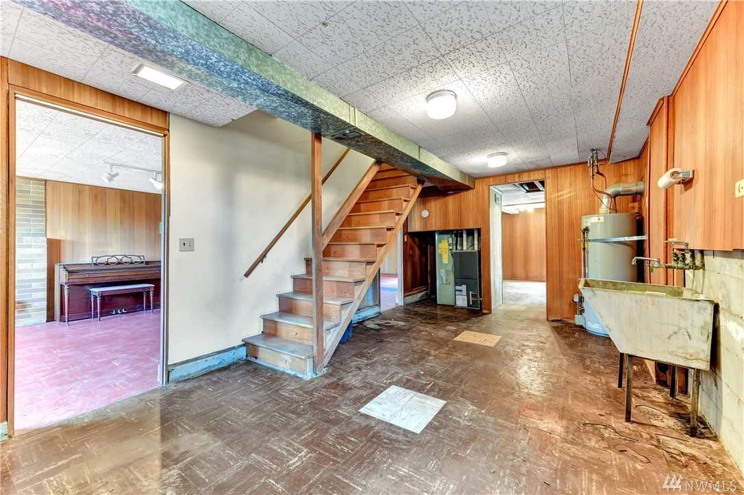 7127 30th Ave SW-11