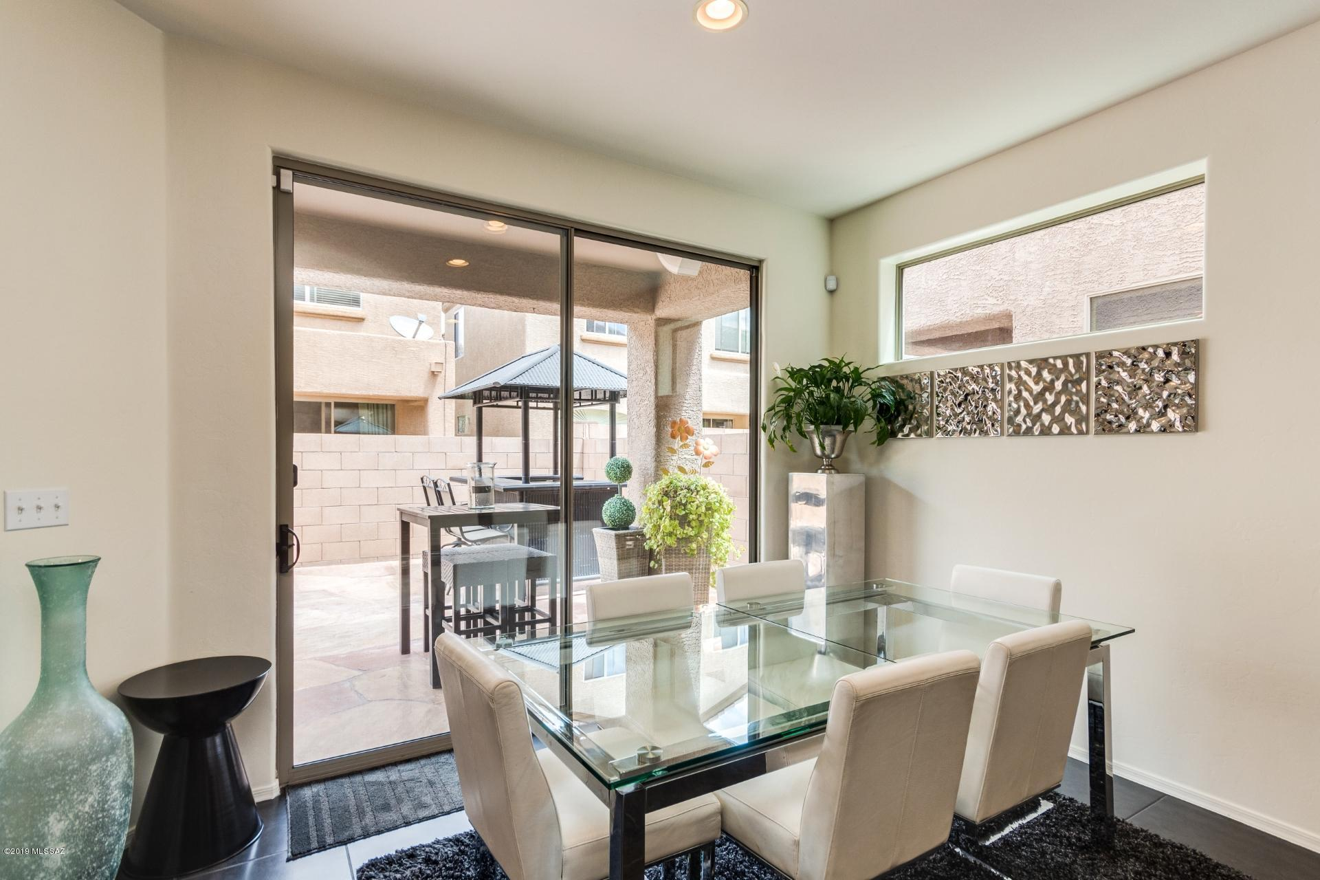 2256 W Floral Cliff Way-8