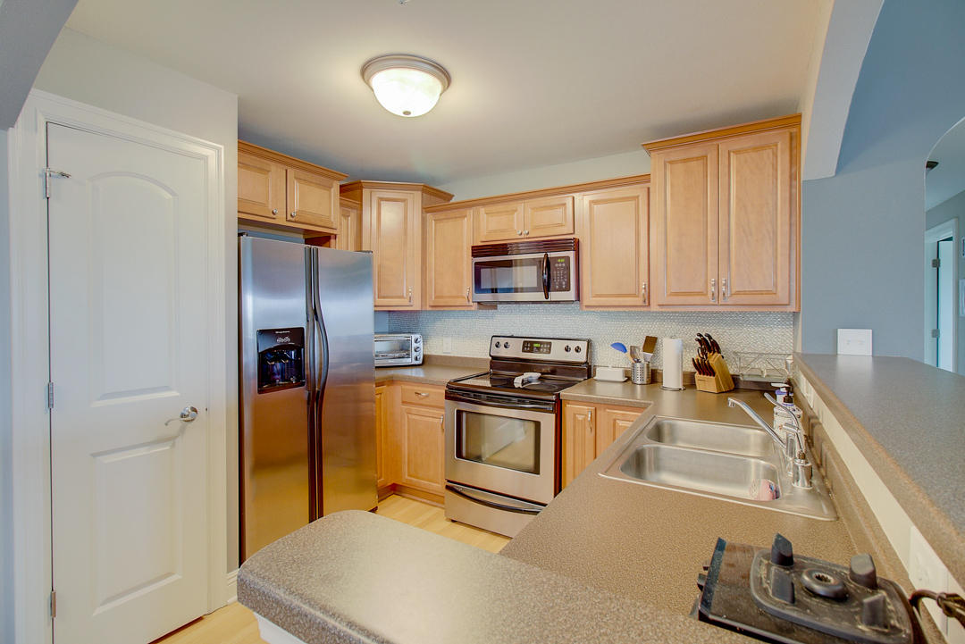 2540 W Colonial Woods Dr -9