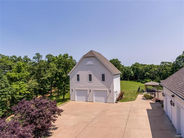 2640 Summit View  Drive -55