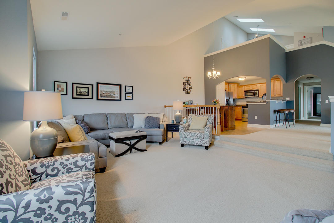 2540 W Colonial Woods Dr -4