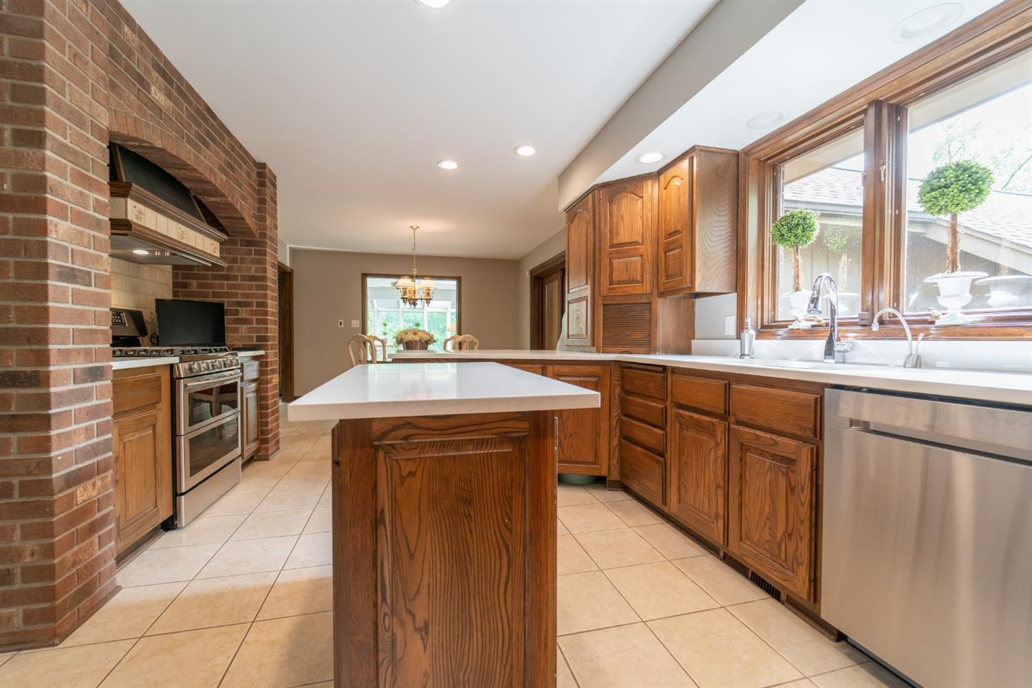 1758  Clifty Creek Court -10